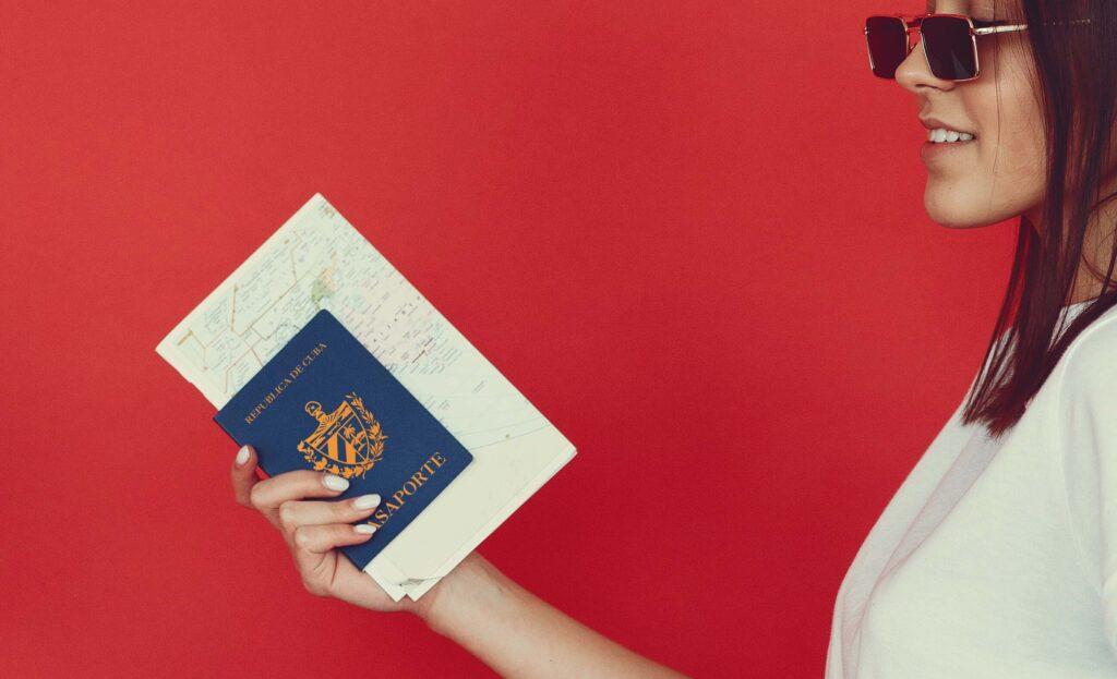Los 5 trámites de pasaporte cubano que debes conocer